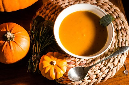 vegan-pumpkin-soup