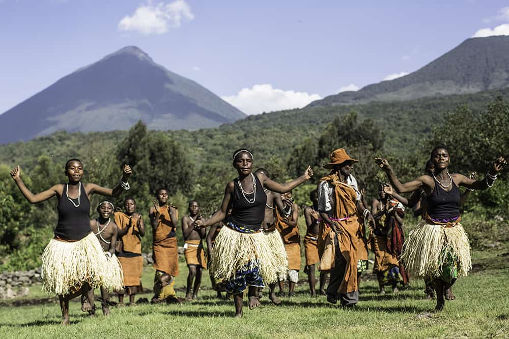 Activities-Batwa-Dance-Group