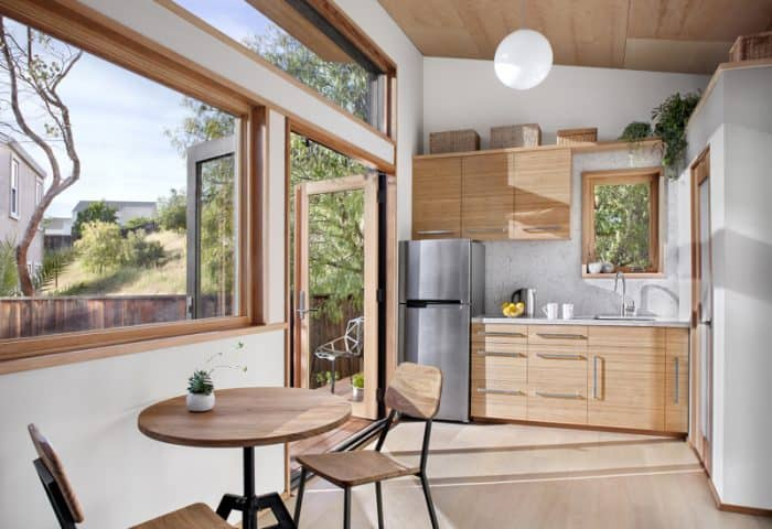 kitchen-800x548-700x480