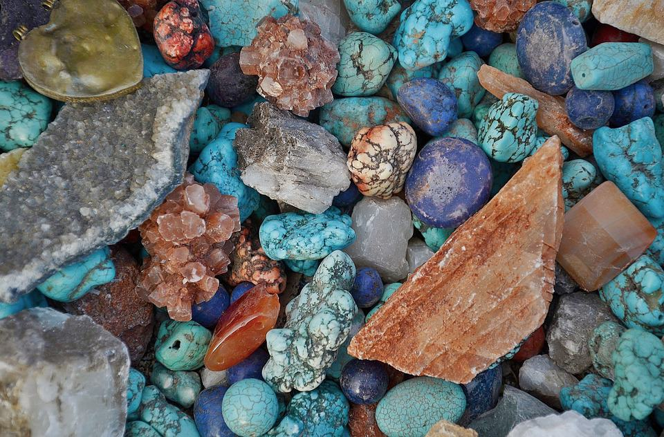 How to Heal Yourself With Crystals