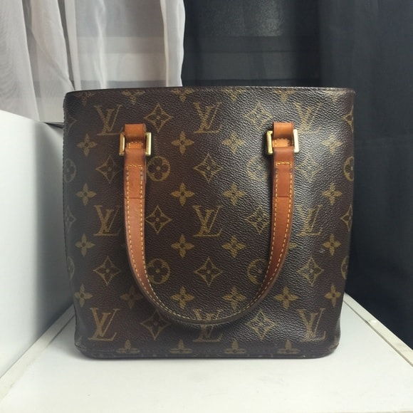 9edf7c92bb61 10 Tips To Tell If Your Vintage Louis Vuitton Bag Is Fake - Eluxe ...