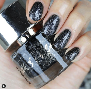 the best non toxic nail looks for fall