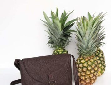 crossbody plant handbag